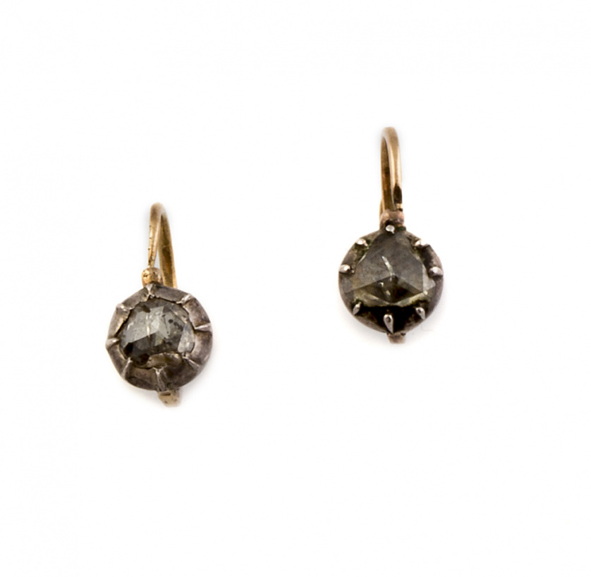 Pendientes de pp S. XIX  con diamantes de talla holandesa