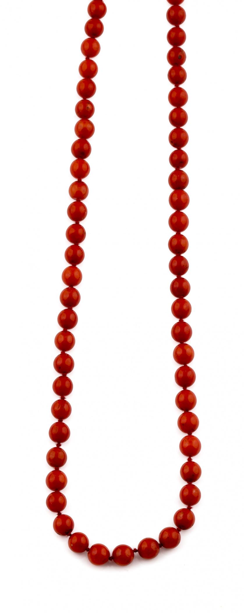 Hilo de cuentas de coral rojo sin enfilar tamaño degradé de