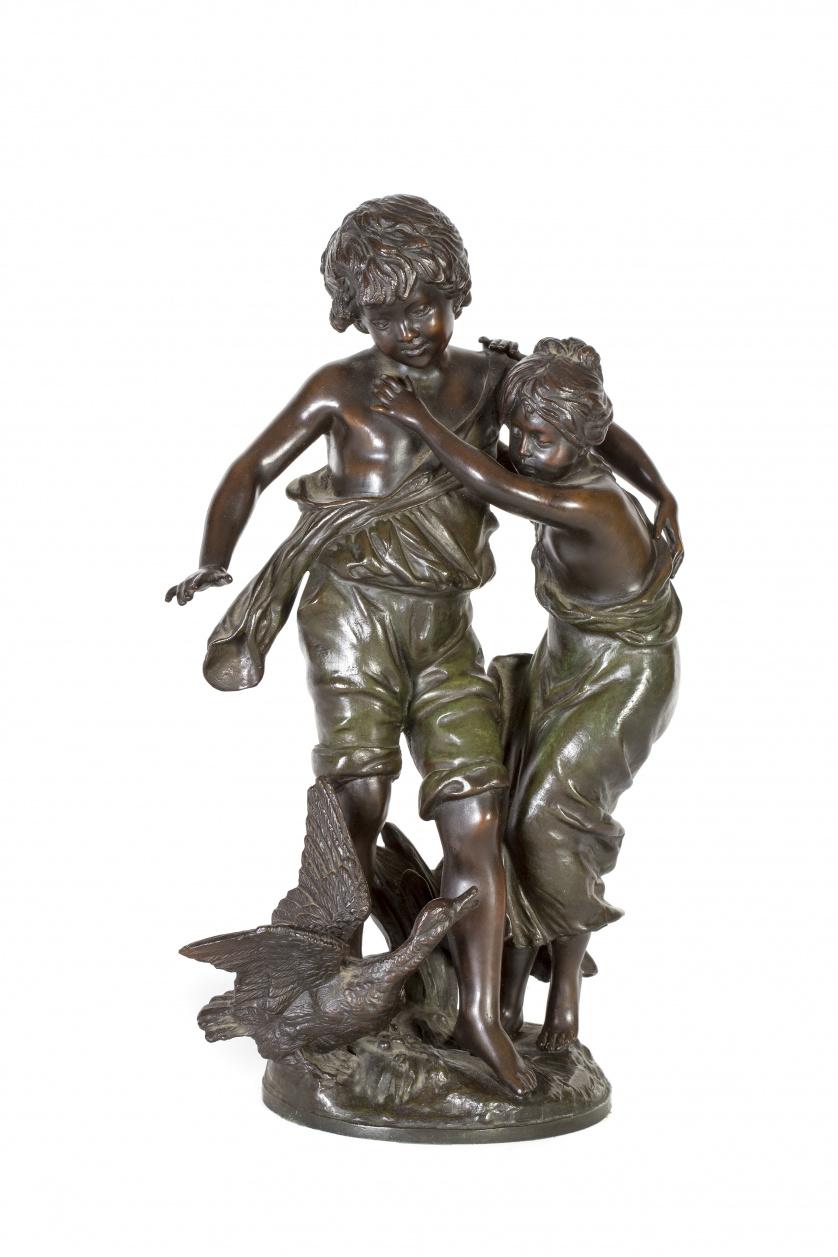 """""""Niños jugando con pato""""Escultura en bronce."""