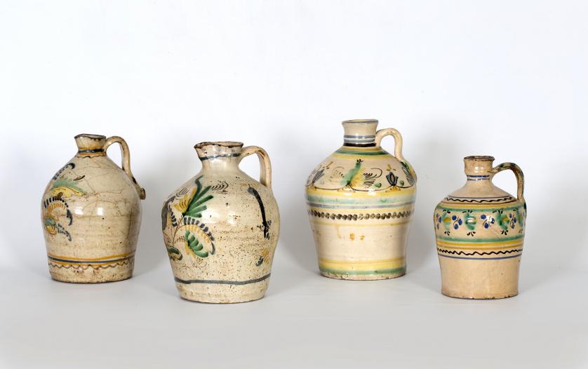 """Aceitera de cerámica esmaltada, """"serie de la pajarita"""".Pue"""