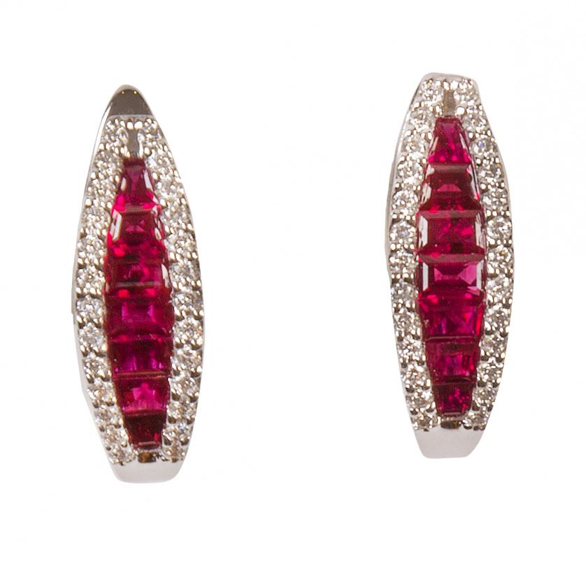 Pendientes con bandas de rubíes talla baguette de tamaño cr