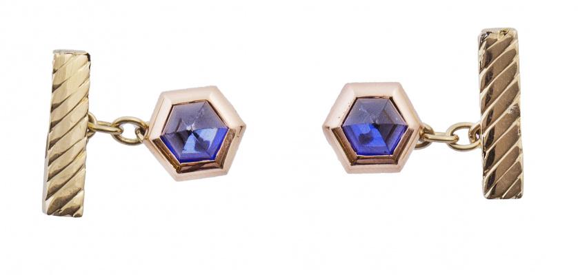 Gemelos de frente hexagonal con zafiro sintético en forma d