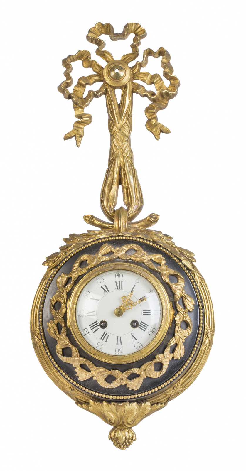 Reloj de pared de estilo Luis XVI de bronce dorado y metal