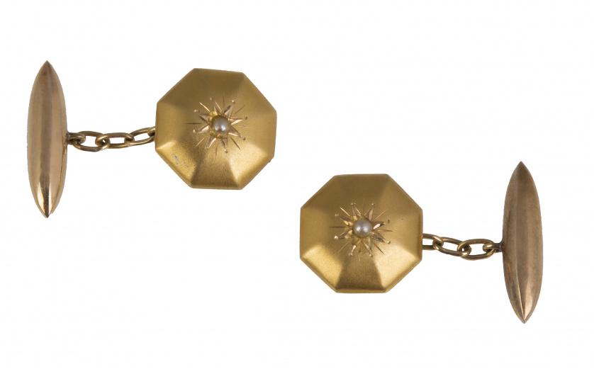 Gemelos octogonales con volumen tipo capitoné de estrella g