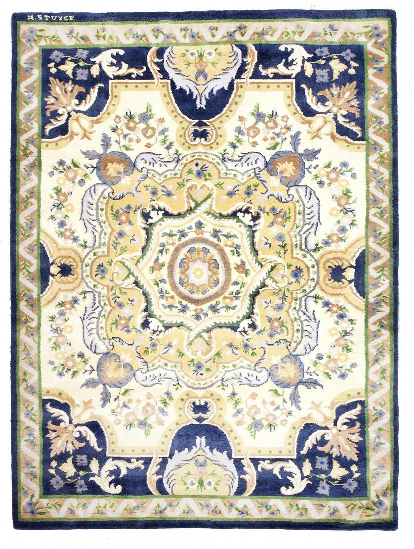 Alfombra firmada Miguel Stuyck con diseño de Aubusson en az