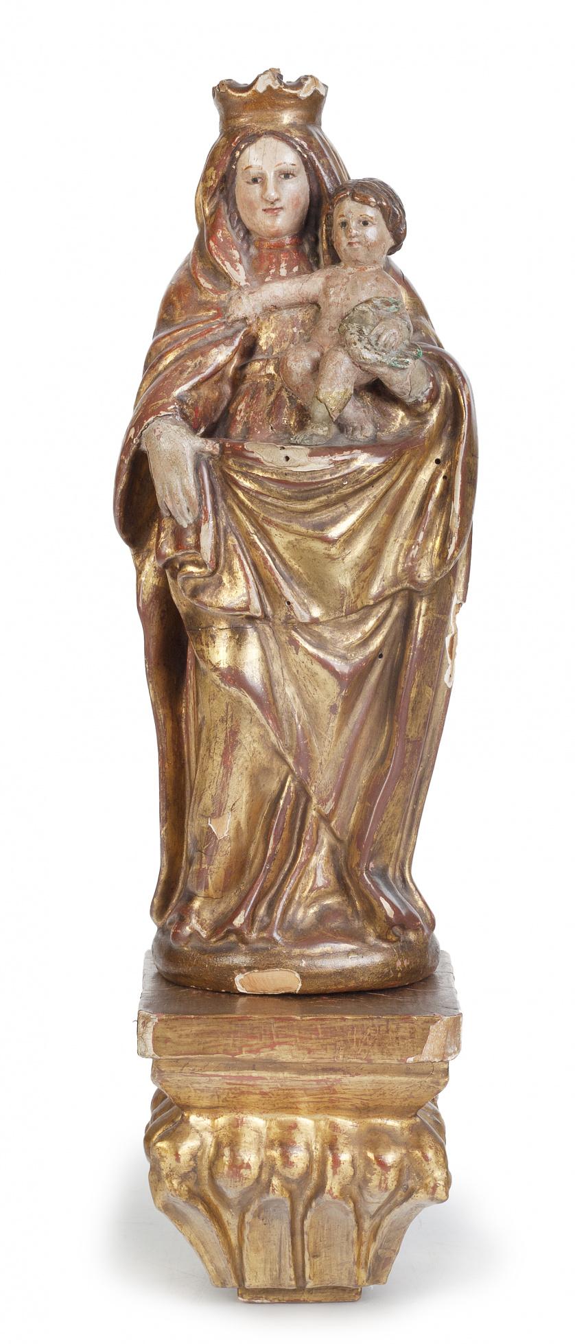 Virgen con el Niño.Escultura en madera tallada, policroma