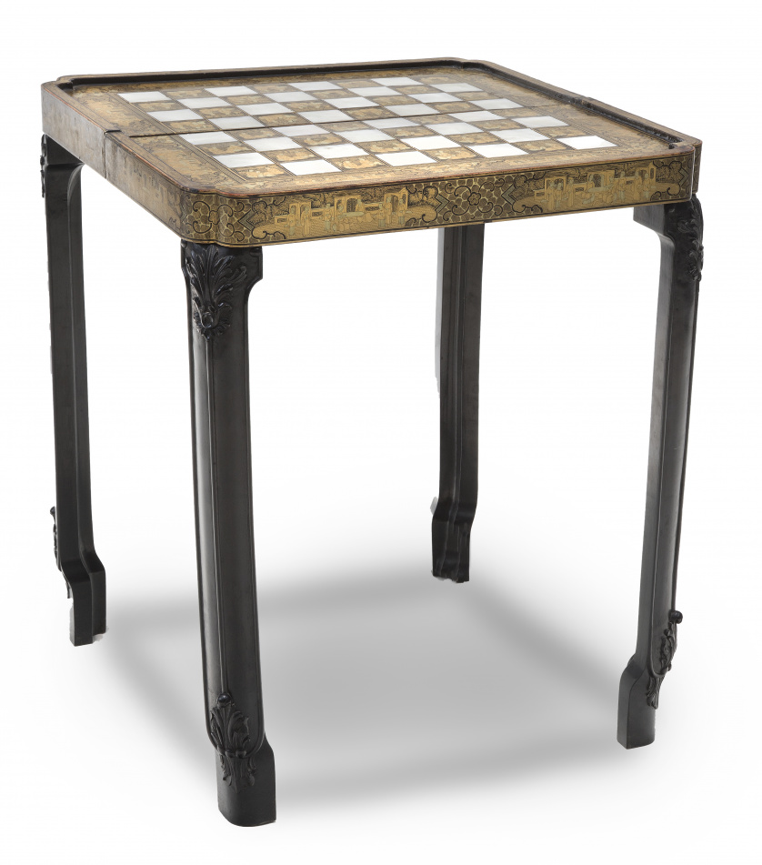 Caja de juego para la exportación en madera lacada y dorada