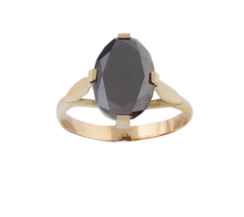 Solitario con diamante negro de talla oval de 2,5 ct aprox