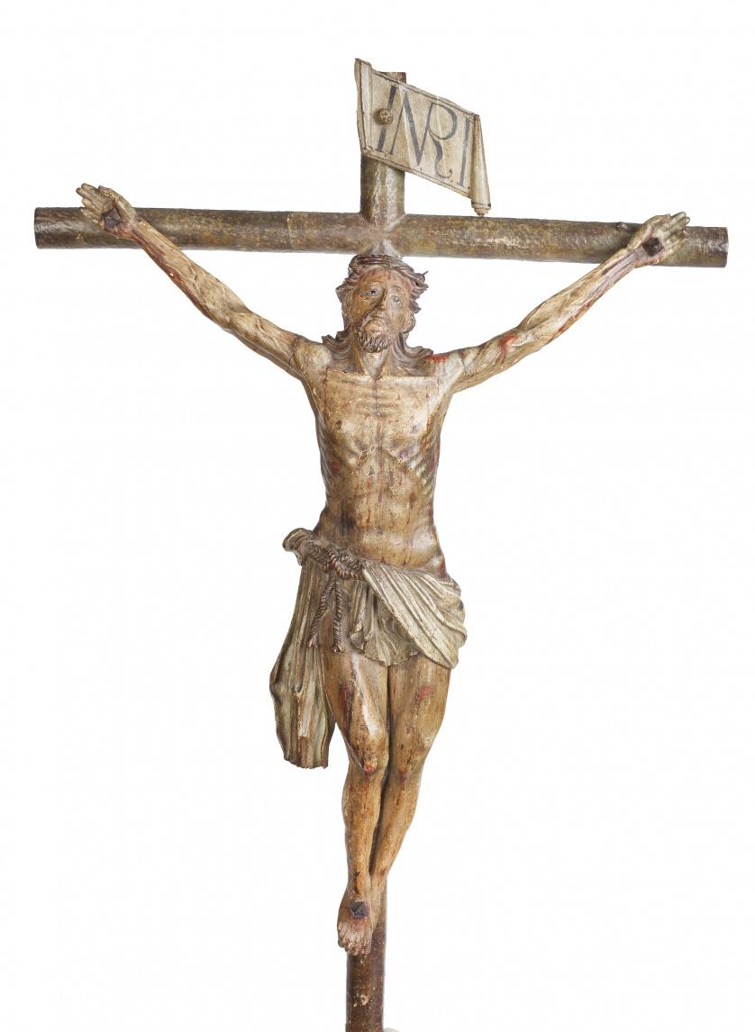 Cristo crucificado.Escultura en madera tallada y policrom