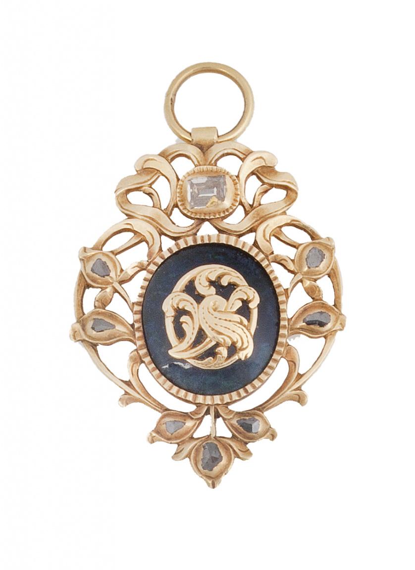 Colgante S. XVIII-XIX con diamantes de talla tabla en marco