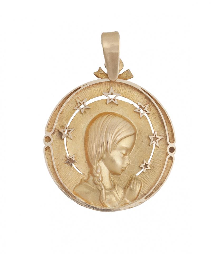 Medalla colgante con Virgen rodeada por halo de estrellas