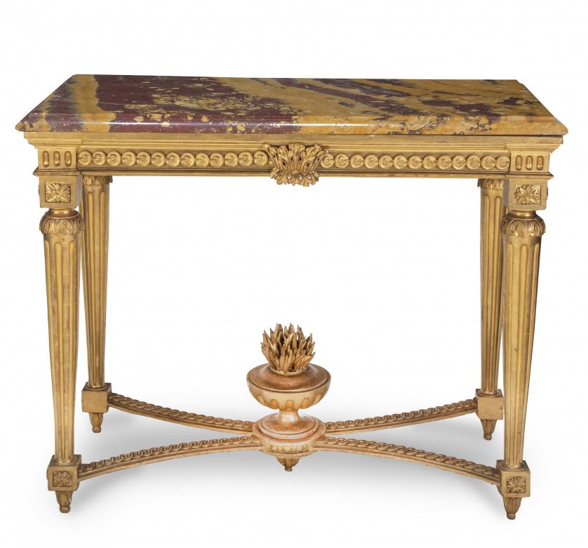 Consola en madera tallada y dorada estilo Luis XVI con tapa