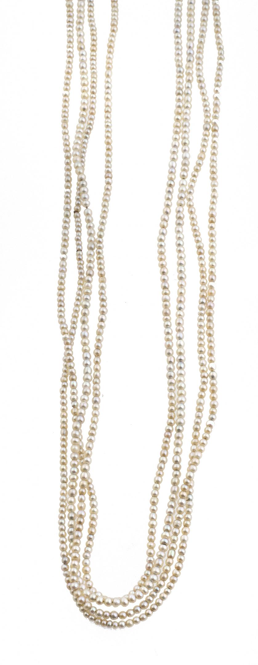 Conjunto años 30 de collar extralargo de pequeñas perlas, p