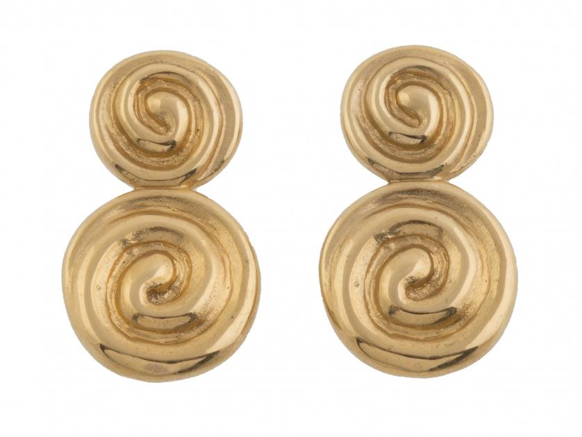 Pendientes de TOUS con diseño de dobles caracolas
